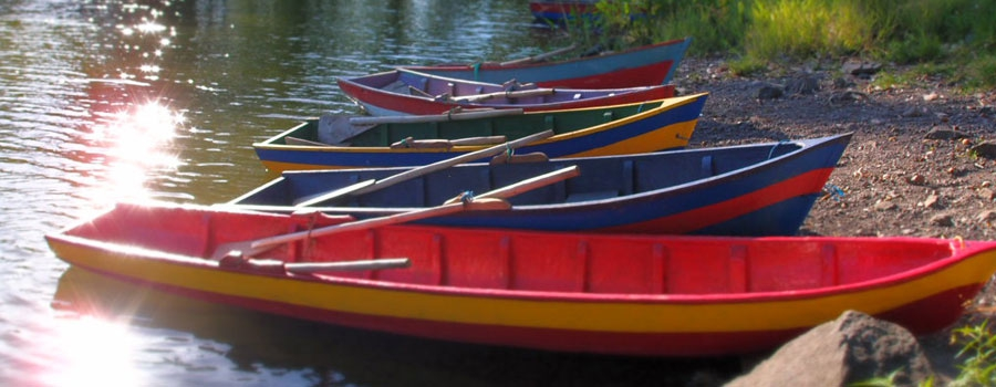The Asese Bay and its colourful wooden boats