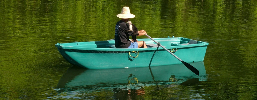Stroll around Zopango in your own rowing boat!